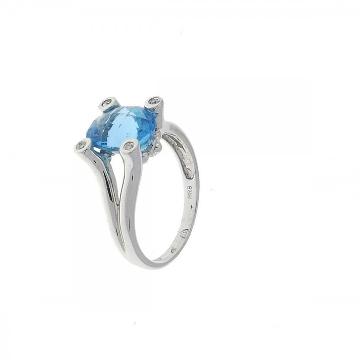 Engagement ring, white gold with diamonds and topaz