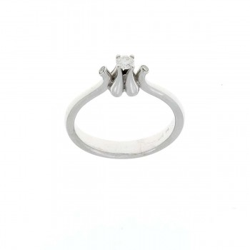 Engagement ring in 14K white gold and diamonds