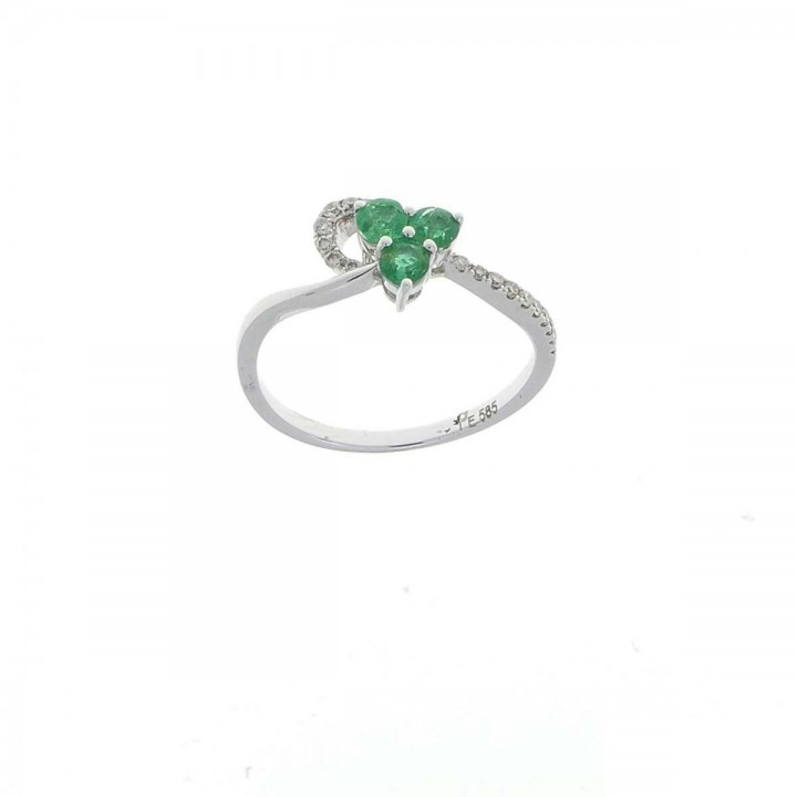 Engagement ring, white gold with diamonds and emerald