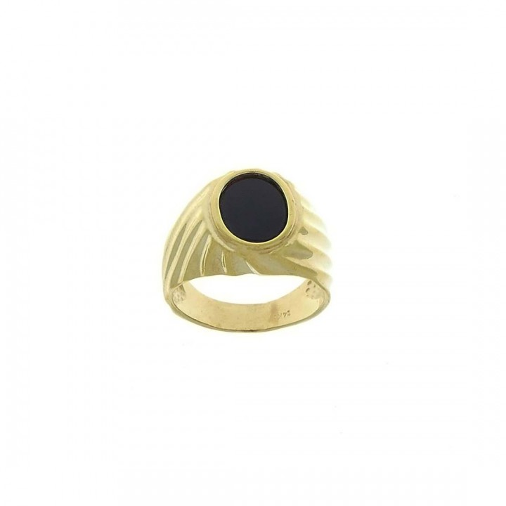 Gold men`s ring, yellow gold with onyx
