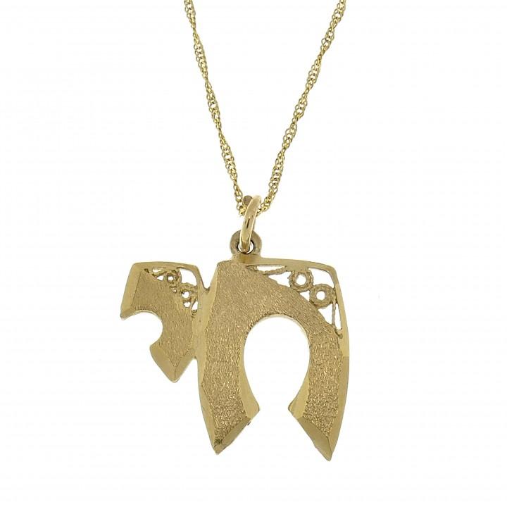 Золотой кулон - ה, желтое золото, длина 2.5 см