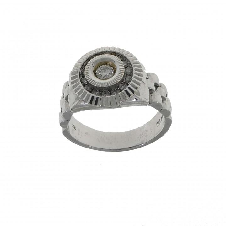Мужской перстень с бриллиантами