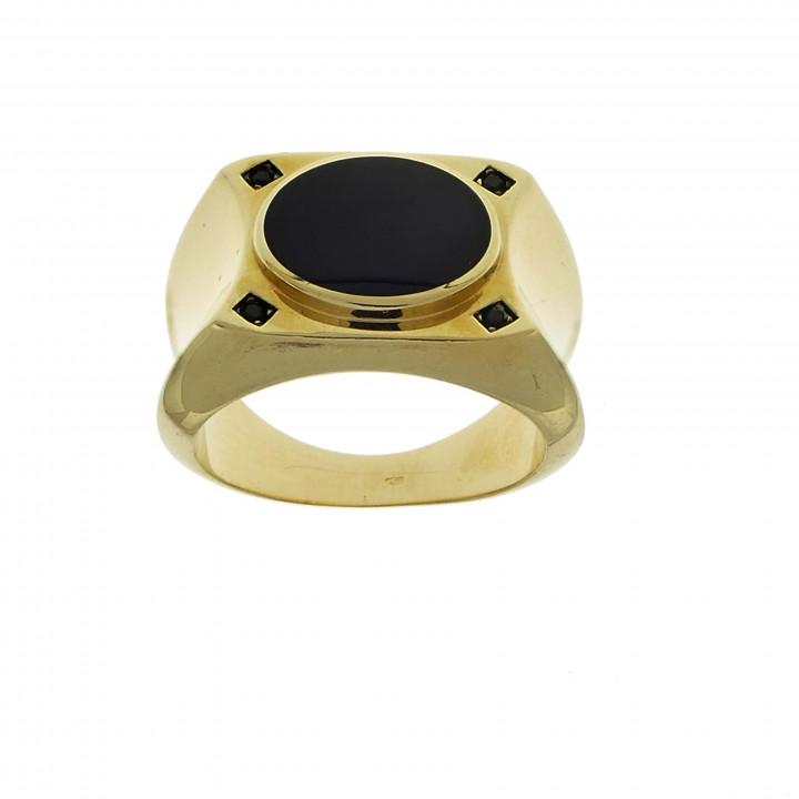 Мужской перстень с ониксом