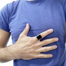 טבעת לגבר בזהב לבן 14 קראט עם אוניקס