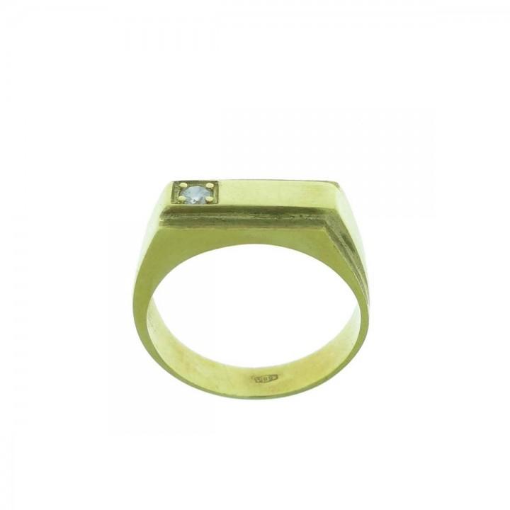 Gold men`s ring, yellow gold with zirconium