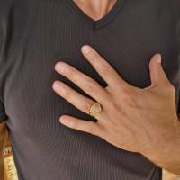 Золотое мужское кольцо, желтое золото с якорем