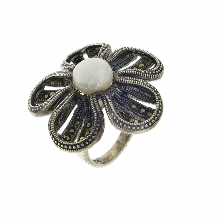 Ring for a woman, 925 sterling silver, pearls