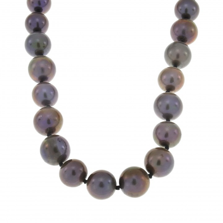 Necklace for women, black pearls, length 44 cm