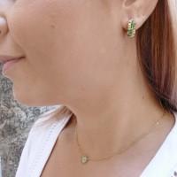 Золотые серьги с белыми бриллиантами и изумрудом, желтое золото