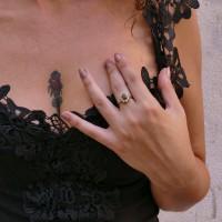 Кольцо для женщины, рубин и фианиты, желтое золото 14 карат