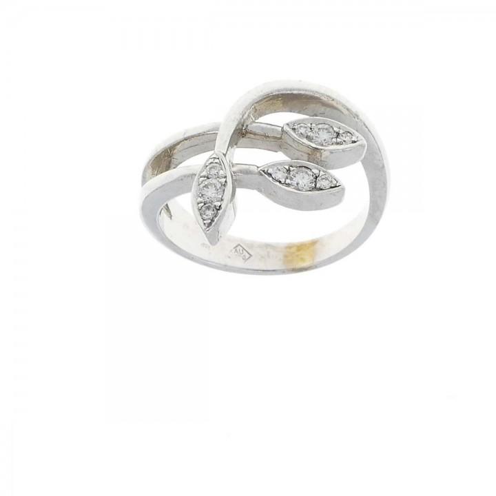 Золотое кольцо с бриллиантами 0.18 карат