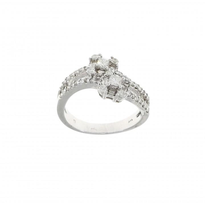 Золотое кольцо с бриллиантами 0.55 карат