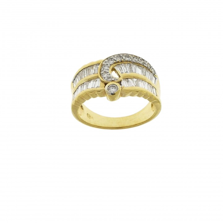 Ring for a woman, 18K yellow gold with diamonds