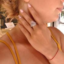טבעת לנשים, זהב לבן 14 קראט עם יהלומים לבנים