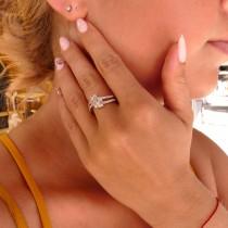 Кольцо для женщины с белыми бриллиантами, белое золото 14 карат