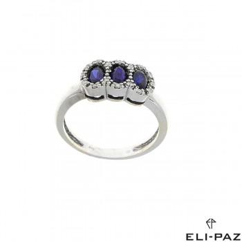 Кольцо для женщины, белое золото с бриллиантами и сапфирами