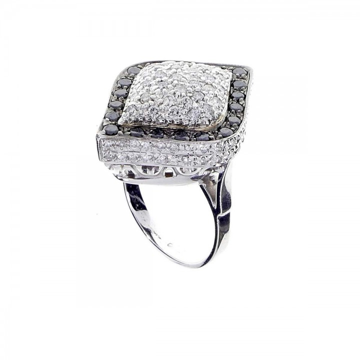 Ring for women with white and black diamonds, white gold