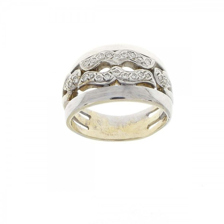 טבעת לנשים, זהב לבן 18 קראט עם יהלומים