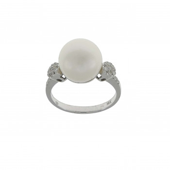 Set for woman - ring and earrings with diamonds and pearls