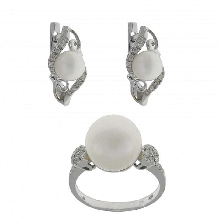 Кольцо и серьги с жемчугом и бриллиантами